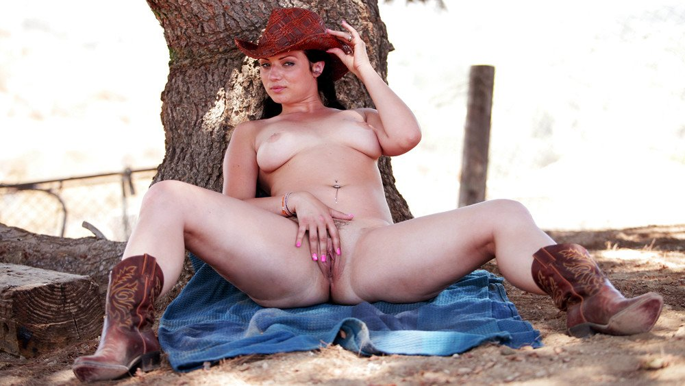 Naughty Country Girls