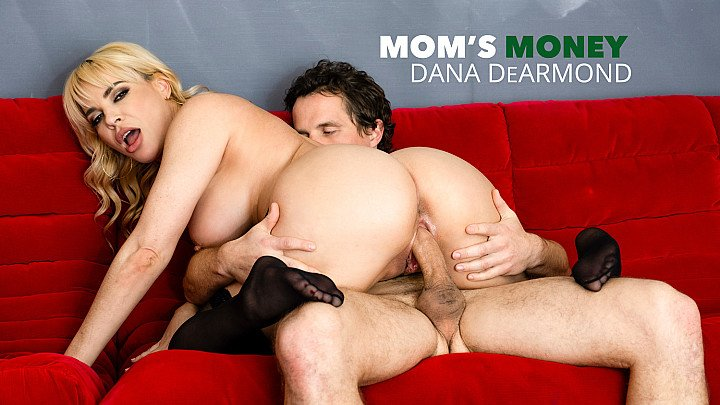 Dana DeArmond will satisfy Robby's Mommy issues