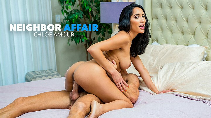 Chloe Amour fucks neighbor to thank him for his pest control help