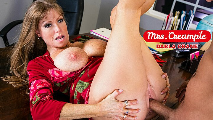 Hot Milf Darla Crane gets a creampie in class