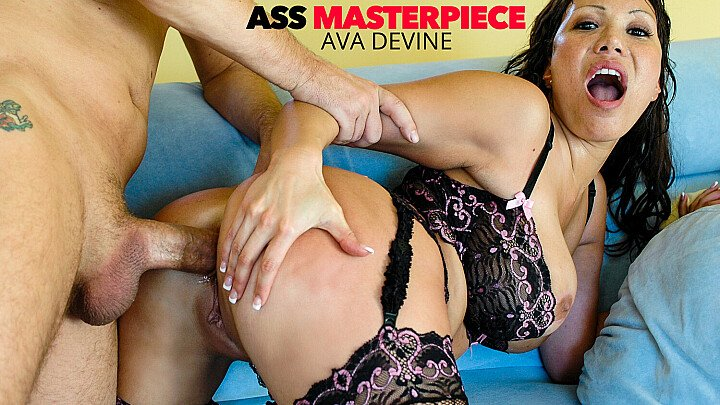 Hot sexy MILF Ava Devine takes it hardcore in the ass